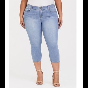 Bombshell Crop Skinny Jeans